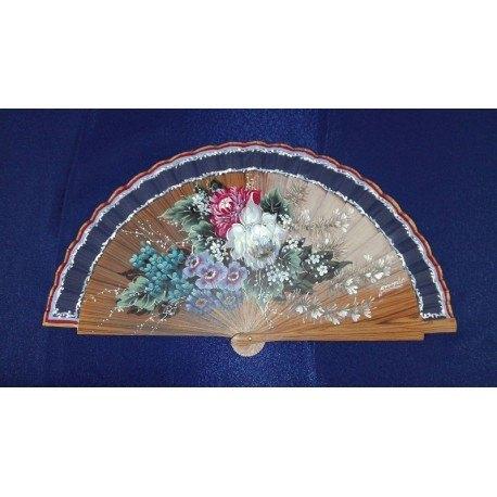 Abanico en madera palo santo y pintando a mano motivos florales.